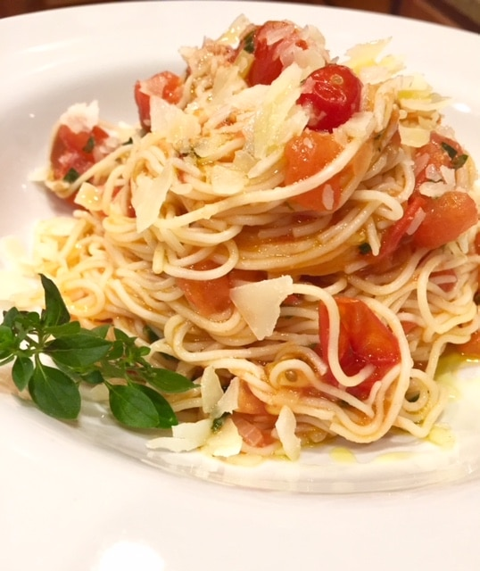 Angel hair pasta and fresh tomato sauce - simply summer!